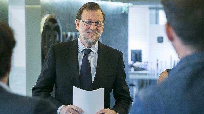 Rajoy ve un «disparate» otras elecciones y no pondrá «ninguna condición» al PSOE