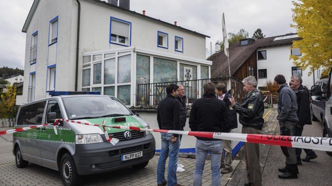 Muere uno de los policías heridos por un ultraderechista en Alemania