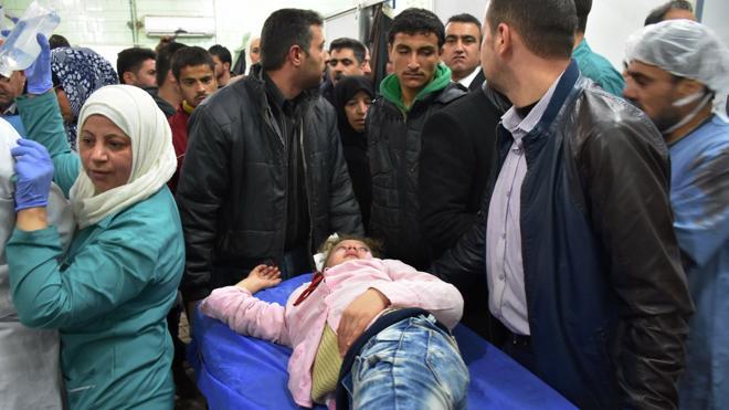 Más de 50 muertos, 15 de ellos niños, en los últimos bombardeos sobre Alepo