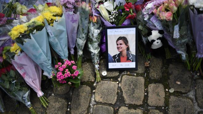 El acusado de asesinar a Jo Cox tenía símbolos nazis en su casa