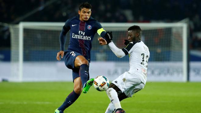 Thiago Silva, Di María y Cavani, los mejor pagados de la Ligue 1