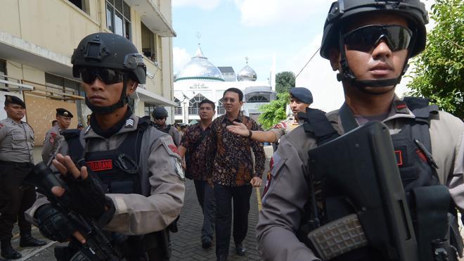 La Policía indonesia neutraliza una bomba en la turística isla de Bali