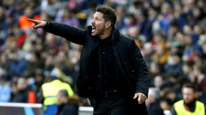 Gil Marín: «Simeone seguirá este año y el que viene con seguridad»