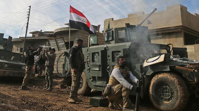 Fuerzas iraquíes renuevan su ofensiva para arrebatar al Daesh la ciudad de Mosul