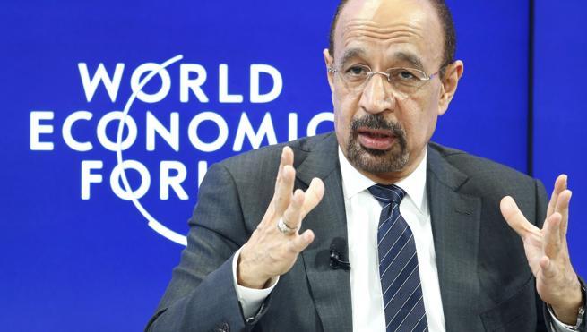 Arabia Saudí no descarta recortes de petróleo y desea una alianza con Rusia