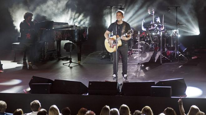 Alejandro Sanz revivirá su disco 'Más' con un concierto en el Vicente Calderón