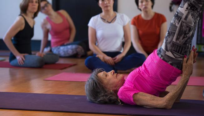 Tao, decana mundial del yoga y modelo de longevidad