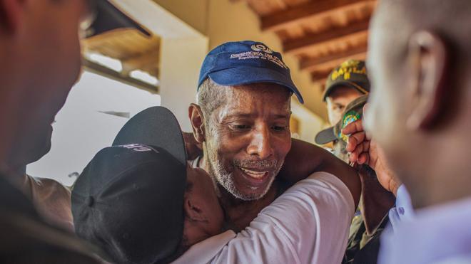 El ELN libera al excongresista Odín Sánchez y despeja el camino para la paz