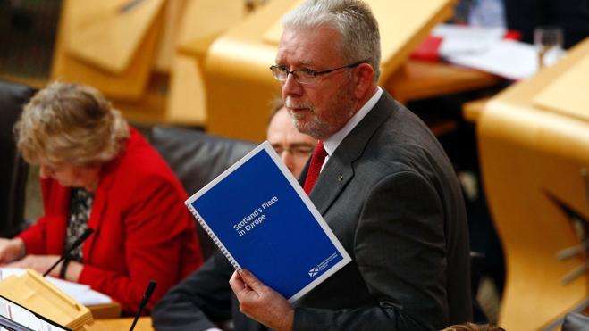 Escocia se opone al 'Brexit' en una contundente votación simbólica