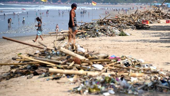 Un empresario indonesio declara la guerra al plástico