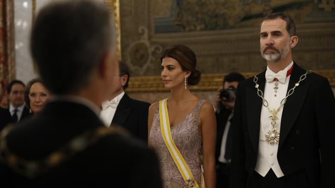 El Rey tendrá una apretada agenda en Barcelona y coincidirá dos veces con Puigdemont