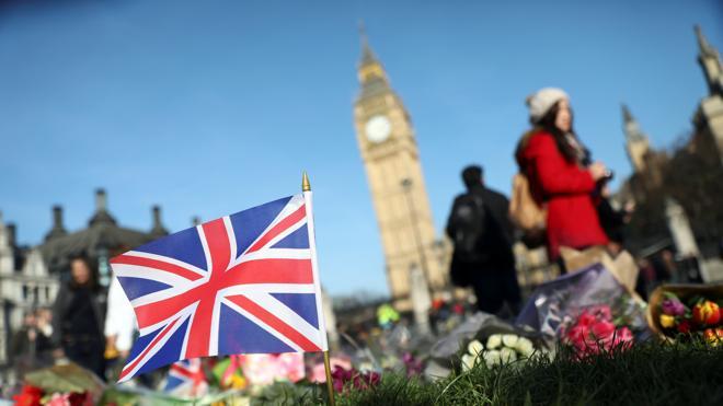 Salen en libertad sin cargos seis detenidos por el atentado de Londres