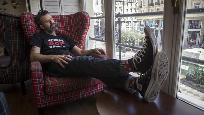 «Al lado de la muerte de mi madre, mi cáncer es una gripe mal curada»