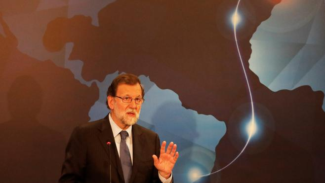 Rajoy pone a España como ejemplo de reformas aunque tengan coste electoral