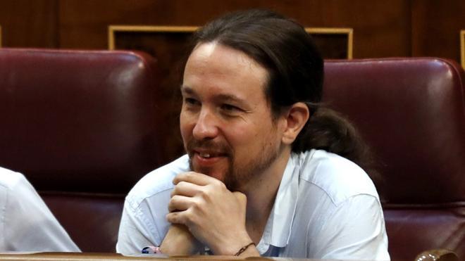 Iglesias reitera al PSOE su oferta de diálogo sobre la moción de censura