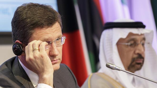 La OPEP y sus socios prorrogan nueve meses los recortes en la producción de petróleo