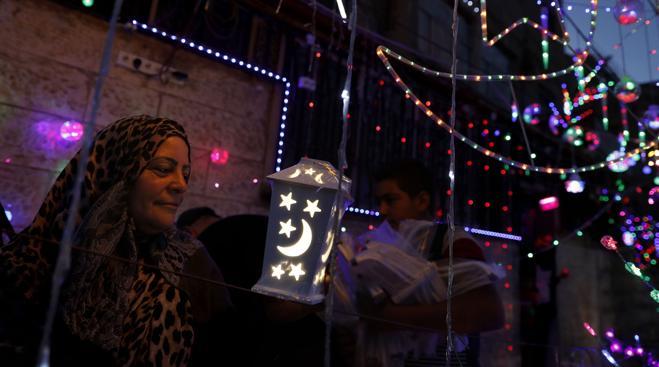 Más de 1.500 millones de musulmanes comienzan en todo el mundo el ayuno de ramadán