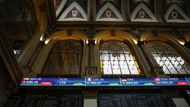 El Ibex-35 cae un 1,24% y Liberbank rebota un 41%