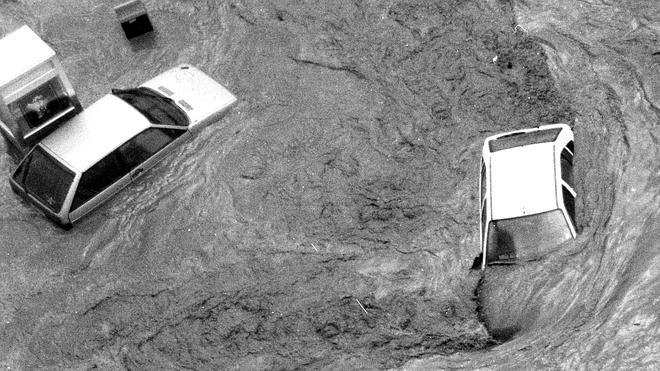 El día que empezó el diluvio: #inundaciones25años