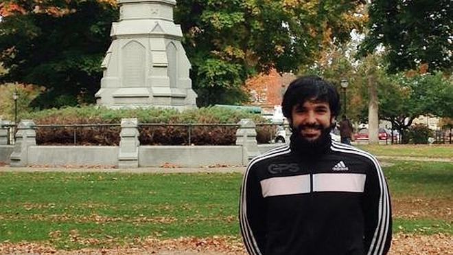 """Adrián Moya: """"En Boston he encontrado quien valore mis esfuerzos en el estudio y la experiencia"""""""