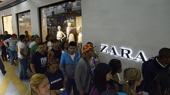 Zara limita a sus clientes en Venezuela a comprar solo cinco prendas al mes por persona