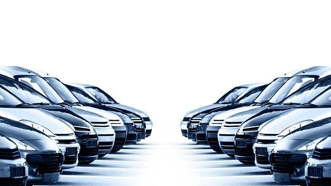 Los concesionarios de coches meten la directa hacia la concentración