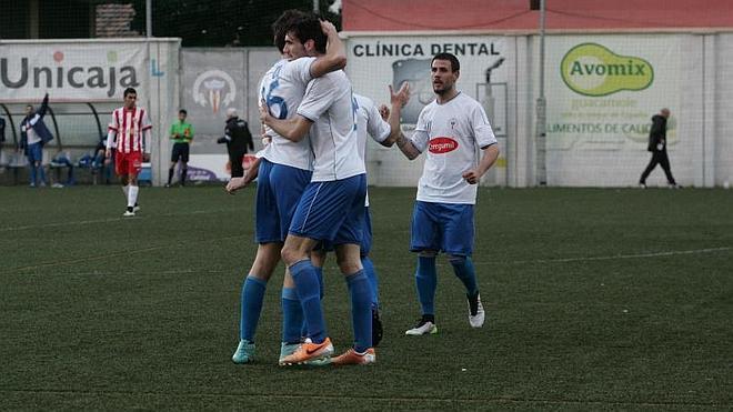 El Palo remonta ante el Almería B liderado por Apoño y Juanillo (2-1)