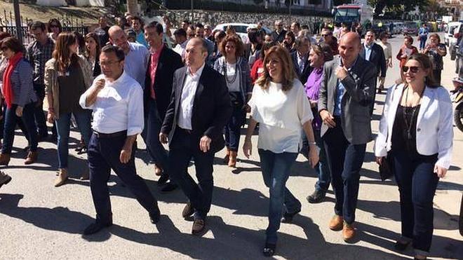 """Susana Díaz: """"Podemos está comprando el discurso a la derecha"""""""