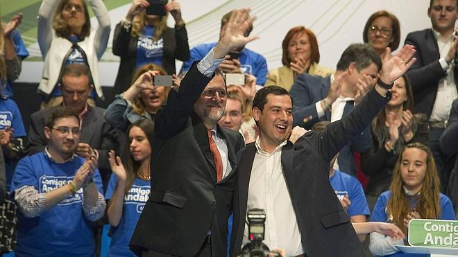 Juanma Moreno advierte de que Rivera ya deja entrever que negocia un posible pacto con el PSOE