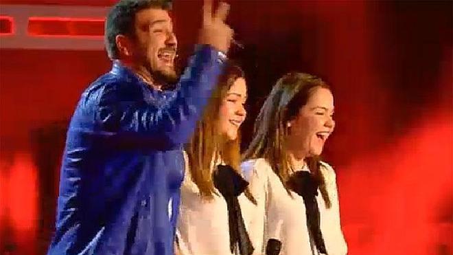 Unas gemelas de Málaga conquistan a los cuatro 'coaches' de La Voz en su estreno
