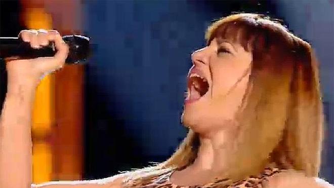 """La malagueña Irene Lombard gana """"la mejor batalla"""" de la noche en 'La Voz'"""