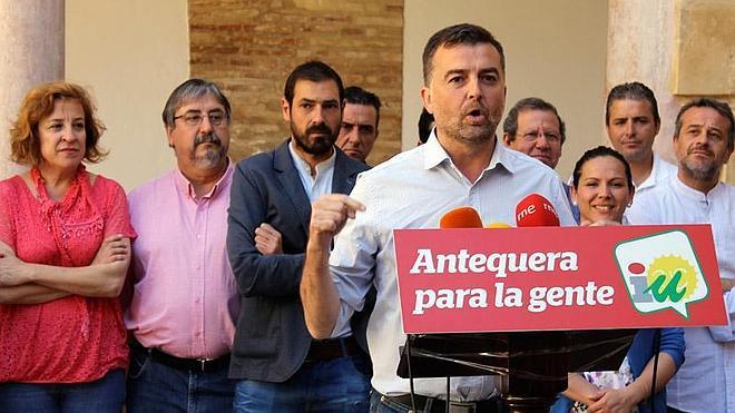 """Maíllo pide a Díaz que olvide su """"debate victimista"""" y """"se ponga a hablar"""" para superar la investidura"""