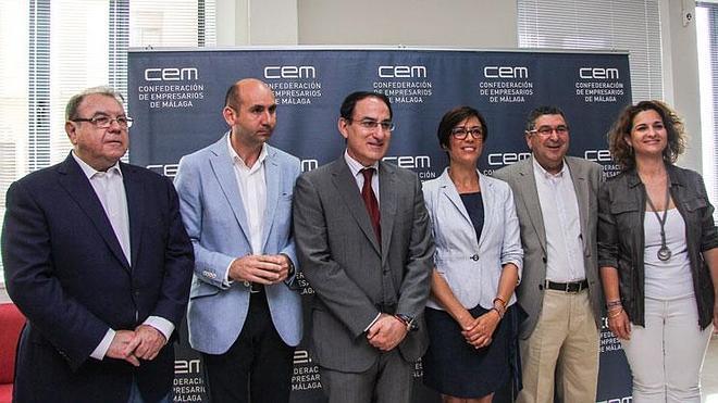 """El PSOE promoverá la """"diplomacia urbana"""" para atraer inversiones a la capital"""