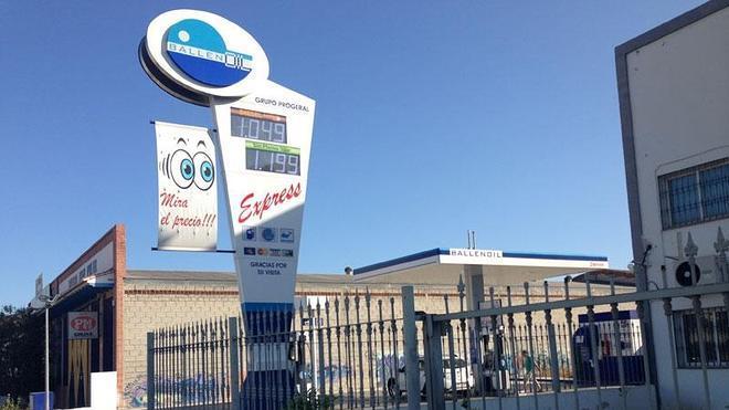 El precio del gasóleo se queda rozando el euro por litro en varias gasolineras de Málaga