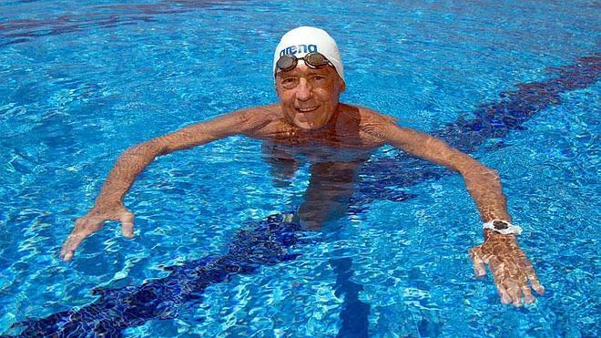 «Si no fuera por la natación, lo mismo ni seguiría vivo»