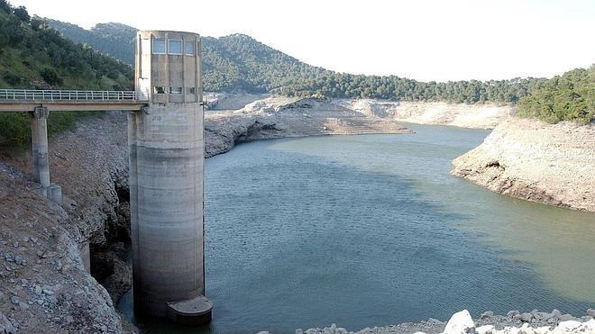 Los pantanos de Málaga, un 8,5% por debajo de los niveles de hace un año