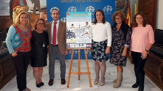 Rincón de la Victoria celebra la V Carrera Inclusiva, con más de 400 personas