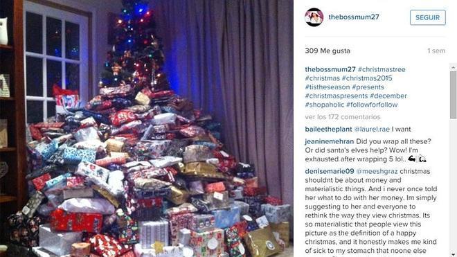 ¿Demasiados regalos por Navidad? Usuarios machacan a una madre por comprar cientos a sus hijos