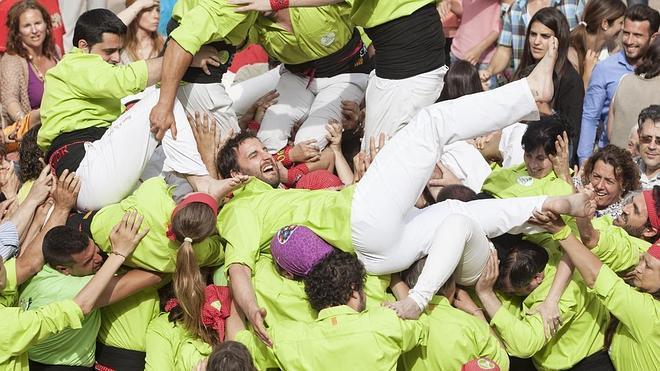 'Ocho apellidos catalanes' gana pidiendo la hora