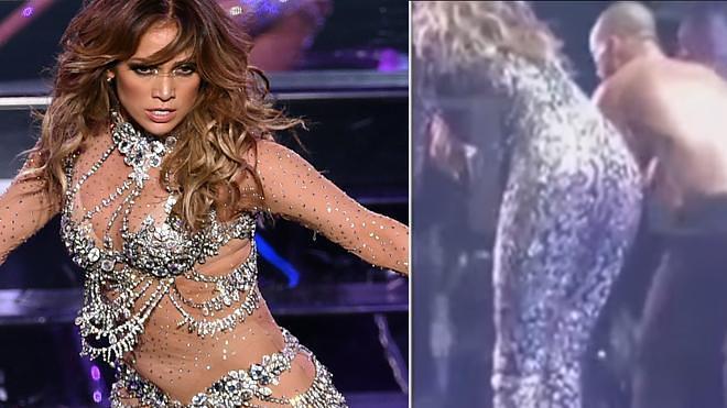 Jennifer López hace un 'Lenny Kravitz' tras romperse su traje en pleno concierto