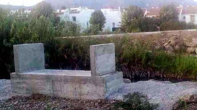 La construcción del puente sobre el río Manilva se enfrenta a su tercera licitación