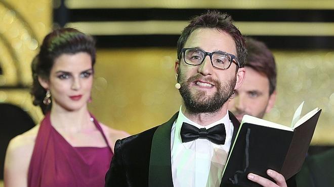 Clara Lago defiende a Dani Rovira tras la última gala de los Goya