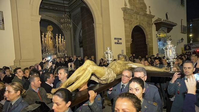 Ganas de procesión: gran Viernes de Dolores en Málaga