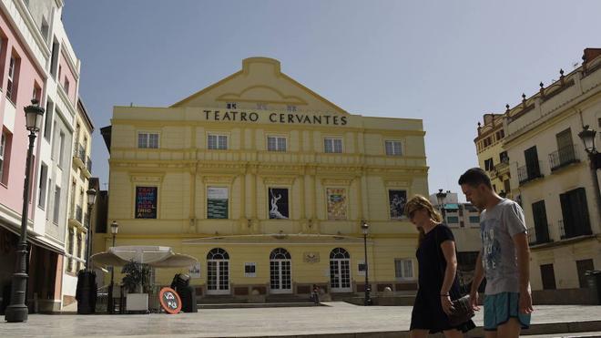 Sacristán, Nuria Espert, Lola Herrera y Rocío Molina, en la próxima temporada del Teatro Cervantes