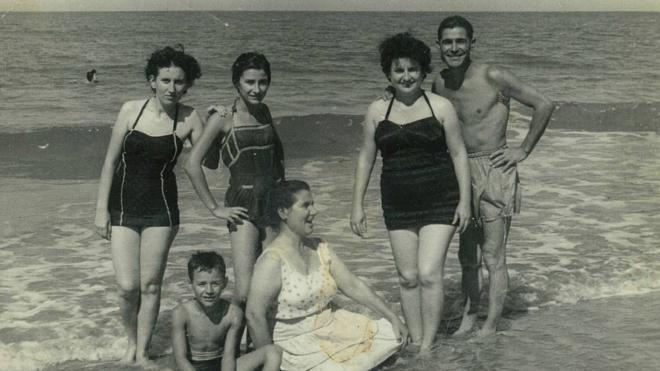1958: Un verano entre forasteros