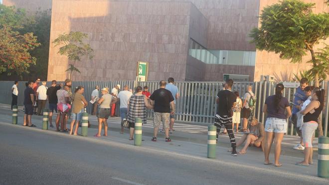 La falta de personal colapsa el Registro Civil de Málaga con esperas de más de tres semanas