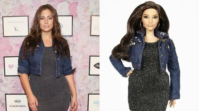 Una Barbie a la que le rozan los muslos