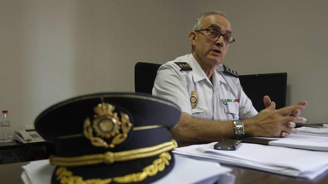 La Policía Nacional releva al comisario provincial a pocos meses de su jubilación