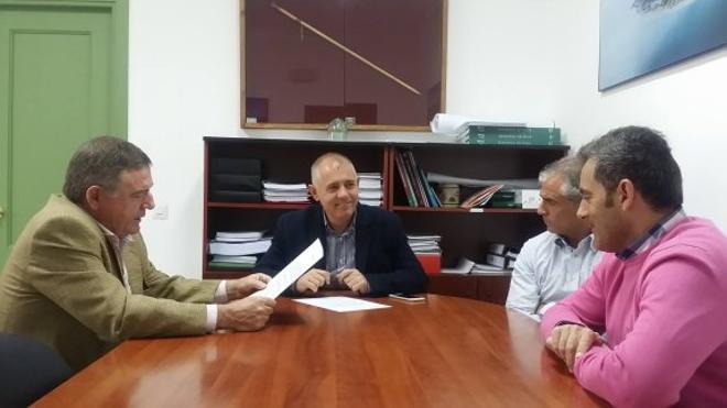 El secretario adjunto de Estepona toma posesión de su nuevo cargo en Manilva