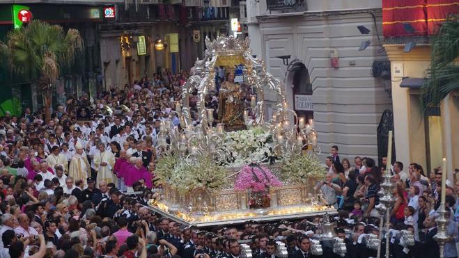 Organizan una magna de Vírgenes coronadas a modo de homenaje a la Patrona de Málaga